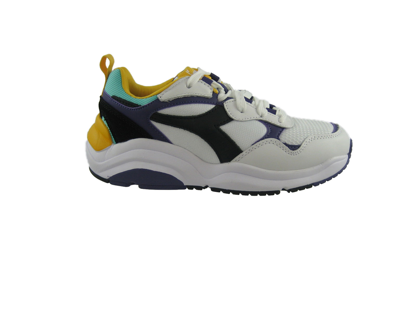 E19 Diadora Whizz Run C8019biancnero.jpg