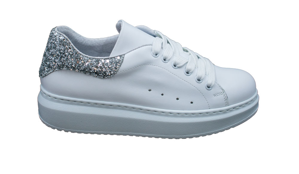 E20 Pierrot Vanitypellebianco Silver.jpg