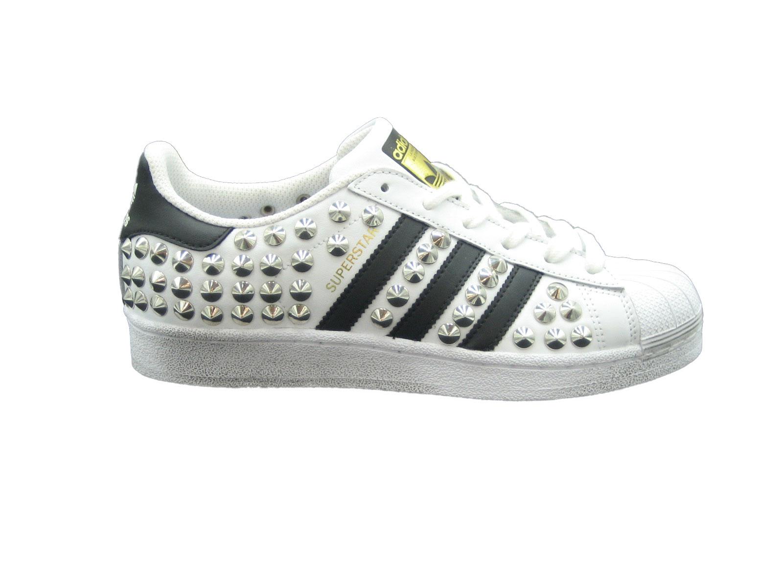 E19 Adidas Superstartotalborchiebiblak.jpg