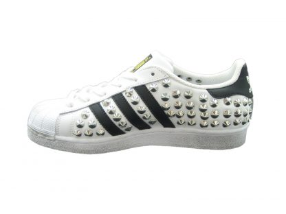 E19 Adidas Superstartotalborchiebiblak 1 P.jpg