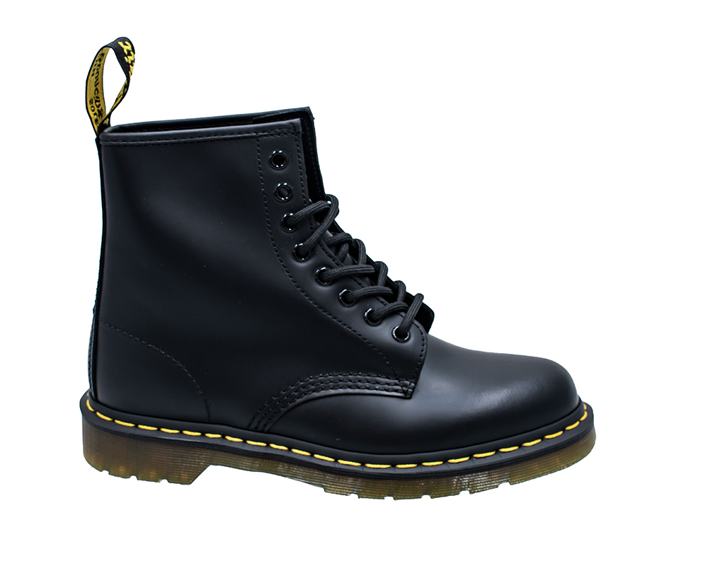 I20 Drmartens 1460smooth Black.jpg