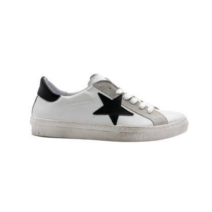 E21 Pierrot Unew Stars White Black 1 P 3.jpg